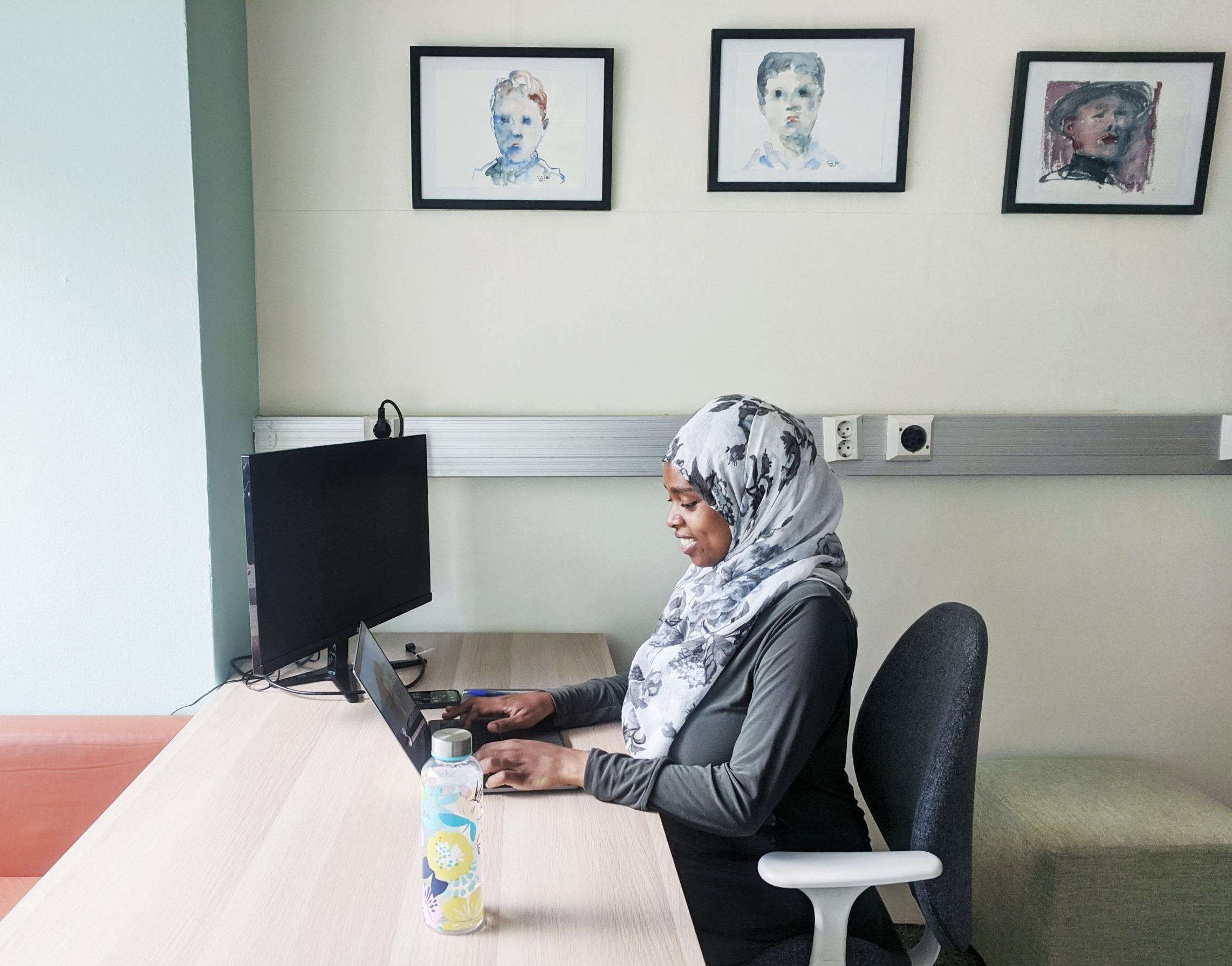 Read more about the article Eman found a coworking space closer to home